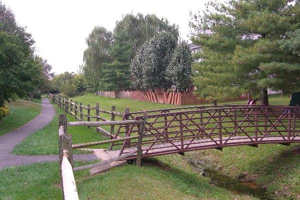 Smartts Lane Footbridge